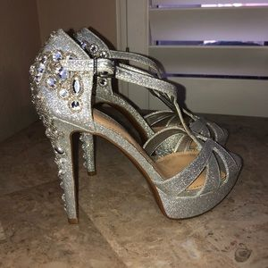 Gianni Bini Jeweled Silver Glitter Heels
